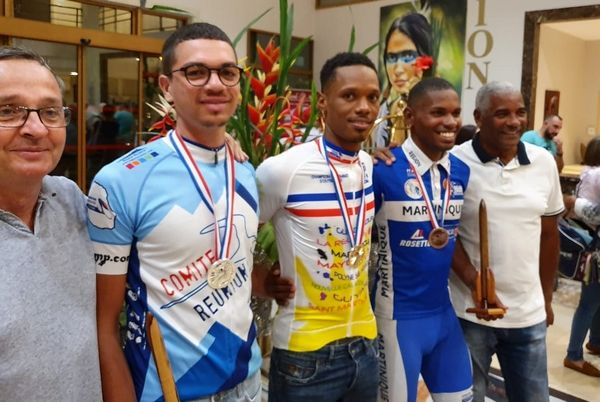 championnat france COM 2019-podium