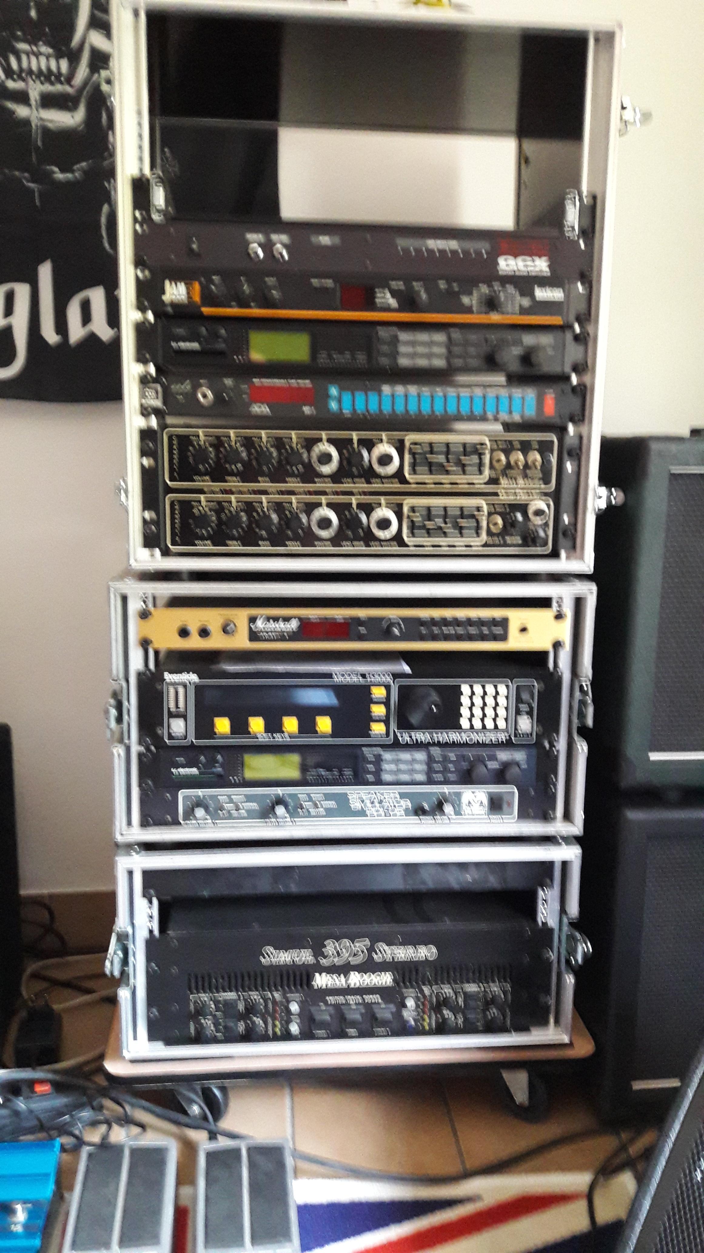 QUAD PREAMP  Mesa Boogie Quad Preamp  Audiofanzine