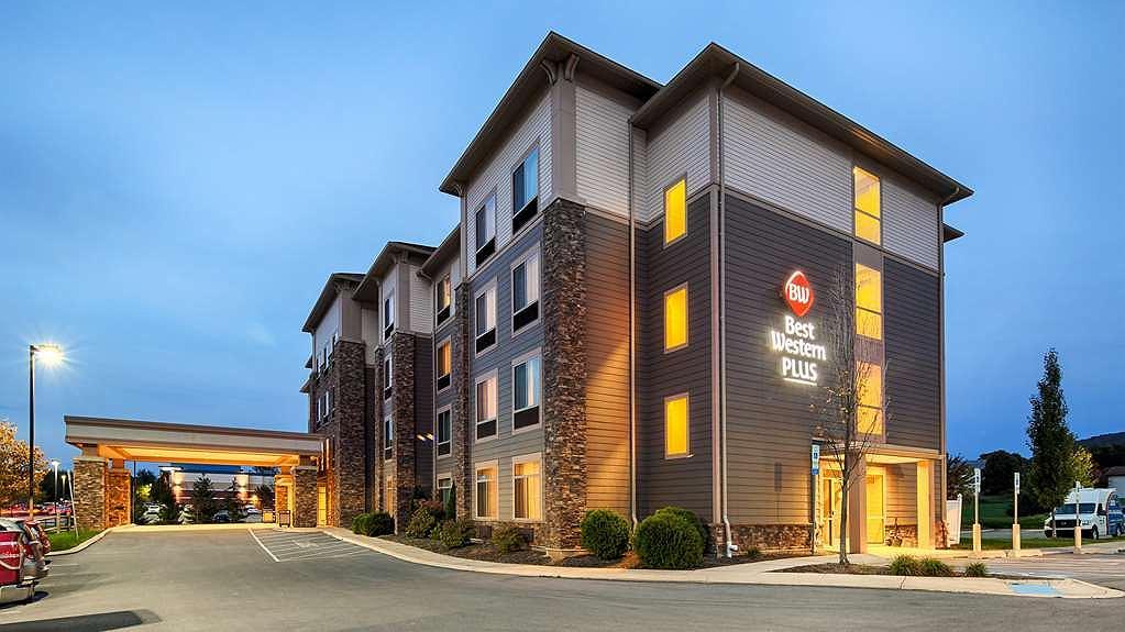 Best Western Plus University Park Inn Suites Hotel State