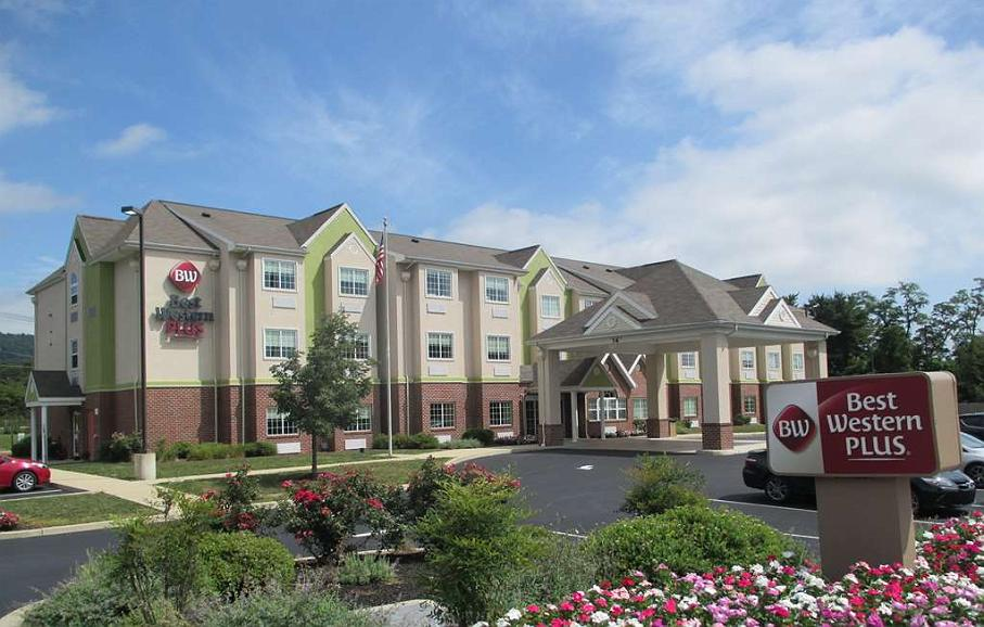 Hotel In Enola Best Western Plus Harrisburg Mechanicsburg
