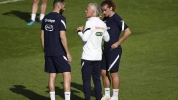 Foot – Bleus – Didier Deschamps doit-il aligner le trio Mbappé – Benzema – Griezmann contre le Pays de Galles mercredi ?