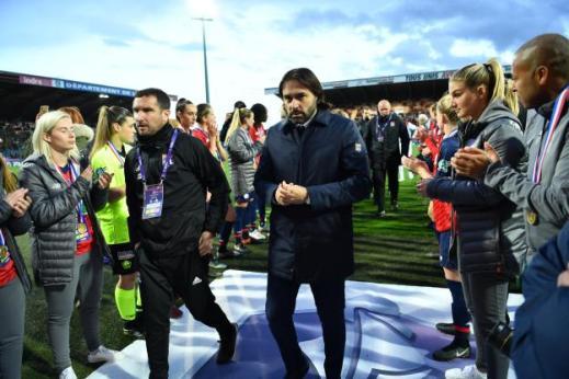 Football - Coupe de France (F) - Reynald Pedros, l'entraîneur des Lyonnaises. (P. Lahalle - ) L'Équipe