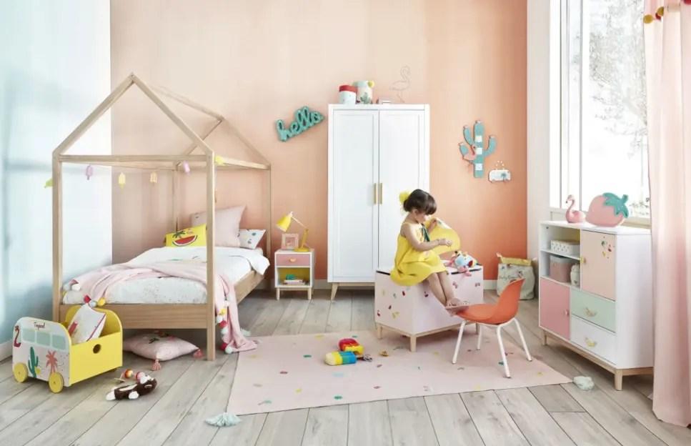 Le camerette bambini economiche a ponte e a soppalco sono le più utilizzate, così come le camerette a castello salvaspazio ed economiche, questo accade perchè gli appartamenti, le stanze e le camere dei ragazzi sono sempre più piccole e c'è la necessità di utilizzare soluzioni per camerette bimbi, che ottimizzino lo spazio a disposizione. Camerette Per Bambini E Ragazzi Idee Per Arredarle Maisons Du Monde