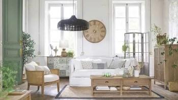La nuova linea di complementi e accessori per la casa di questa primavera/estate 2019 si compone di sei diverse tendenze dai nomi evocativi: Mobili E Arredi D Interni Stile In Riva Al Mare Maisons Du Monde