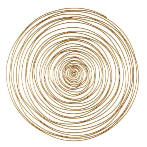 Arte della tavola presenta moltissimi articoli tra cui piatti, bicchieri, tazze ed anche biancheria per la tavola. Decorazione Da Parete Spirale In Metallo Dorata 91 Cm Jill Maisons Du Monde