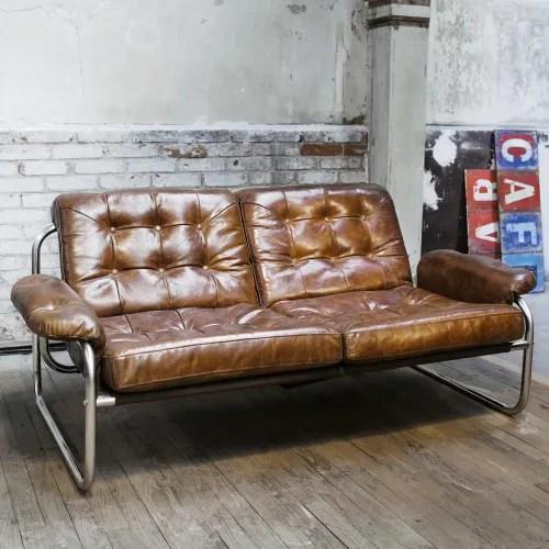 Dai un'occhiata ai nostri mobili e oggetti decorativi e fai i. Divanetto Vintage Marrone In Cuoio 2 Posti Gary Maisons Du Monde