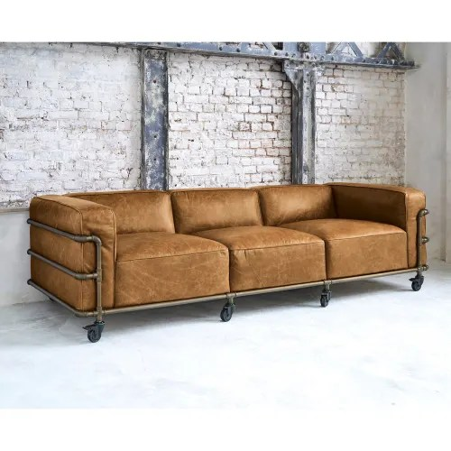 Accompagnato da due cuscini supplementari, questo divano. Divano Stile Industriale In Pelle Avana 4 Posti Fabric Maisons Du Monde