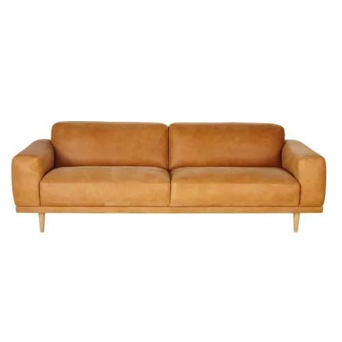 Dai un'occhiata ai nostri mobili e oggetti decorativi e fai i. Divano Vintage 3 4 Posti In Pelle Color Cammello Sophia Maisons Du Monde