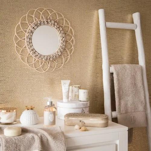 echelle decorative en chene blanc maisons du monde