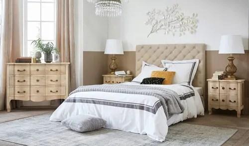 L'appartamento presenta 2 camere da letto, una tv a schermo piatto, una cucina attrezzata con lavastoviglie e forno a microonde, una lavatrice e 2 bagni con bidet. Gold Metal Branch Wall Art 110x65 Maisons Du Monde