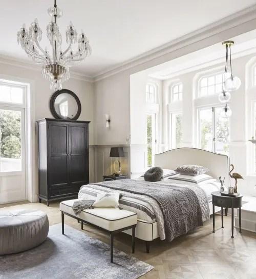 camera da letto bohemian, shabby chic provenzale. Lampada Nera In Cristallo E Abat Jour In Cotone H 65 Cm Mirano Maisons Du Monde