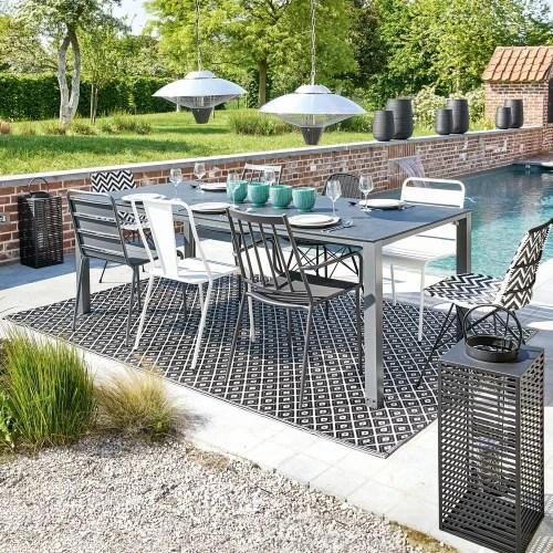 outdoor teppich aus kunststoff 180x270 schwarz weiss maisons du monde