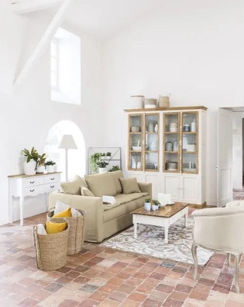 maisons du monde è un'azienda francese specializzata nel settore dell'arredamento. Poltrona Imbottita In Lino Zola Maisons Du Monde