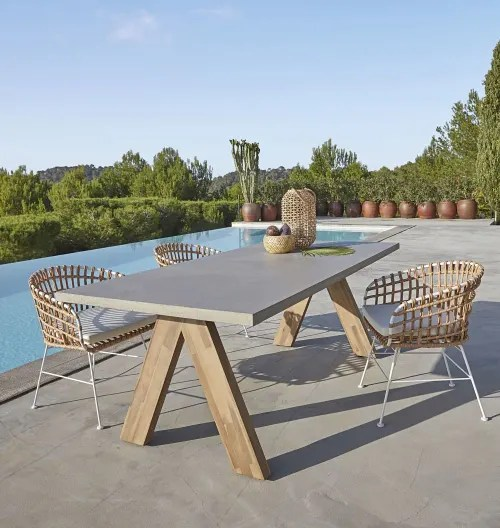 round solid acacia and concrete look composite 6 8 seater garden table l220 maisons du monde
