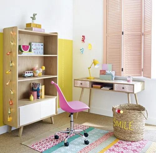 Dal soggiorno, cucina, bagno, camera, cameretta dei bambini fino ad arrivare all'outdoor. Sedia Da Scrivania Rosa A Rotelle Bristol Maisons Du Monde