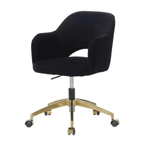 Se devono essere abbinate al tavolo, mimetizzate con l´arredamento o usate come elementi di design. Sedia Da Ufficio A Rotelle In Velluto Di Cotone Nero Sacha Maisons Du Monde