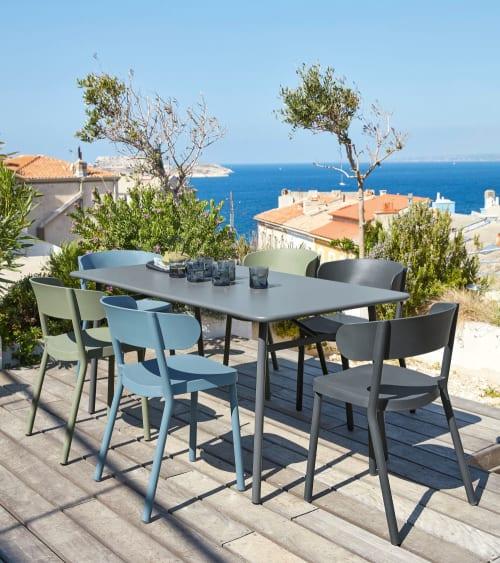 table de jardin en metal l 160 cm maisons du monde