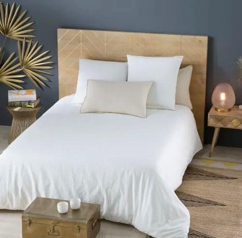 tete de lit 160 en manguier massif motifs dores maisons du monde