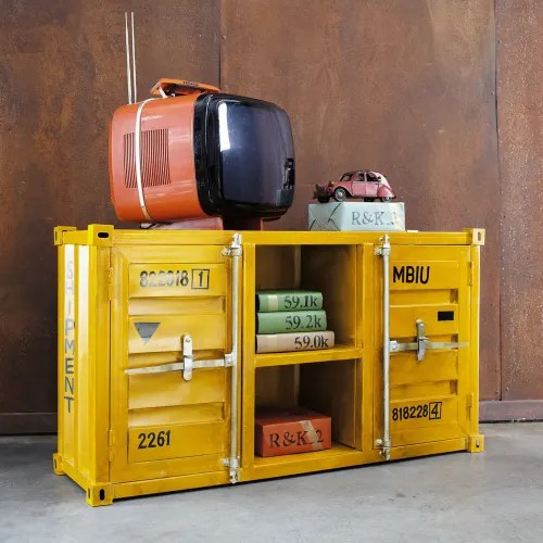 tv lowboard im container design aus metall b 129 cm gelb carlingue maisons du monde