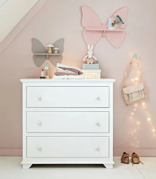 It's got a great arrangement with rooms set up for you to envision their products in your home. White 3 Drawers Chest Pastel Maisons Du Monde