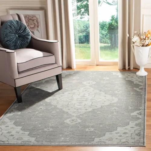 tapis de salon d inspiration vintage gris et beige 200x280 maisons du monde