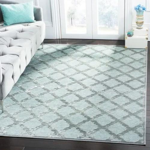 tapis de salon d inspiration vintage gris et vert 160x230 maisons du monde