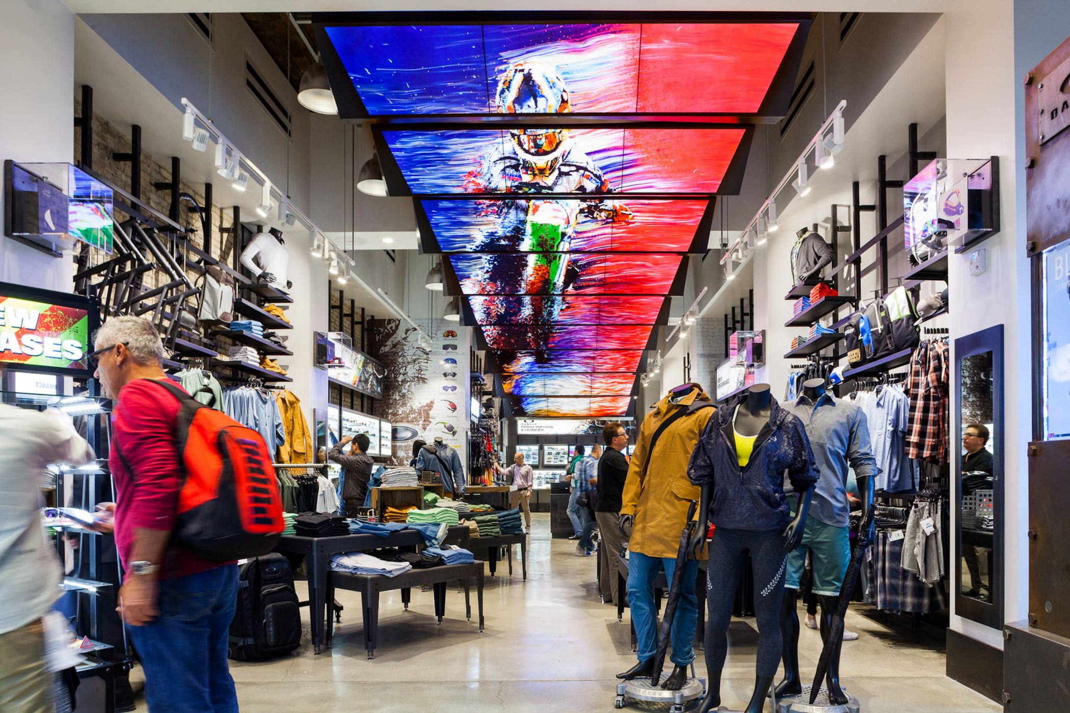 Oakley Flagship Store in New York  Moment Factory
