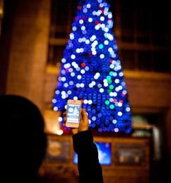 christmas tree union station [ 933 x 1400 Pixel ]