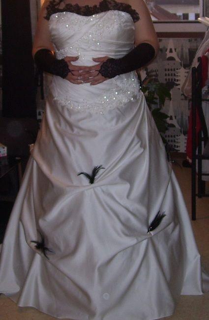 Robe De Marie Grande Taille Noire Et Blanche Avec Jupon