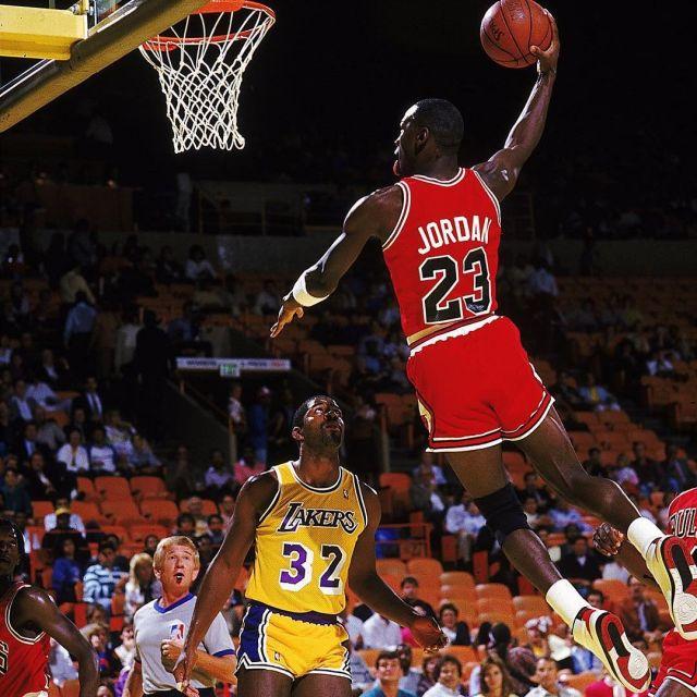 The Sneakers Air Jordan 2 Retro worn by Michael Jordan on the account @brkicks | Spotern