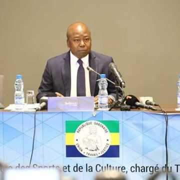 «Nous voulons mettre un terme à l'à-peu-près», Alain-Claude Bilie-By-Nze