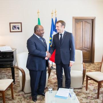 Sommet de l'OIF Ali Bongo Ondimba échange avec Emmanuel Macron