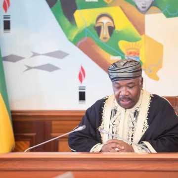 Le Gabon suspendu au conseil des ministres du 18 juillet.