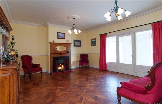 Lehaunstown Lodge, Lehaunstown, Laughanstown, Co. Dublin