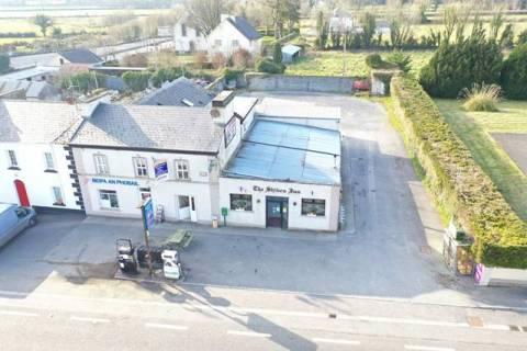'The Shiven Inn', Newbridge Village, Co. Galway