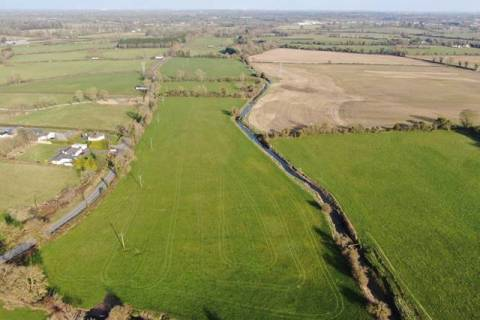 Approx. 23.6 acres (9.55 ha), Moyglare, Maynooth