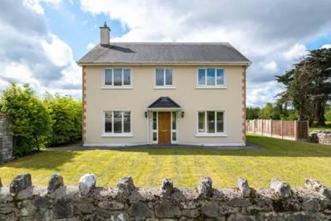 1 Pairc Caislean, Ballyforan, Co. Roscommon