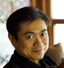 i-6736ba9f698748e90c42a87122cbb8ba-220px-Joichi_Ito_Headshot_2007.jpg