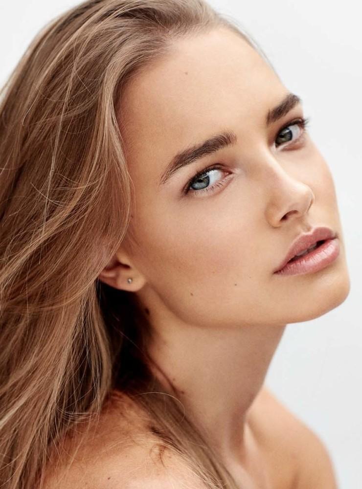Lillian Van Der Veen  Premier Model Management