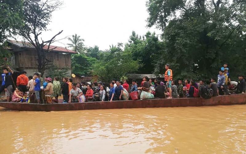 Image result for prabusirea barajului din brazilia