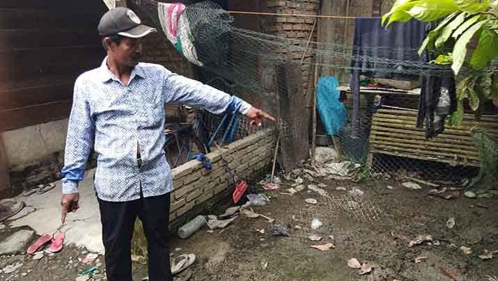 Sebelum Kabur, Saksi Mata: Teroris Terperosok ke Kandang Ayam