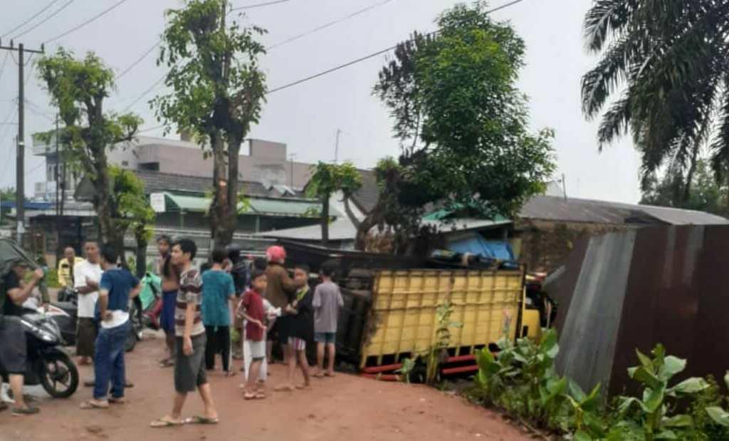 Mantan Ajudan Kapolda Jateng Tewas Ditabrak Truk di Tanjungmorawa