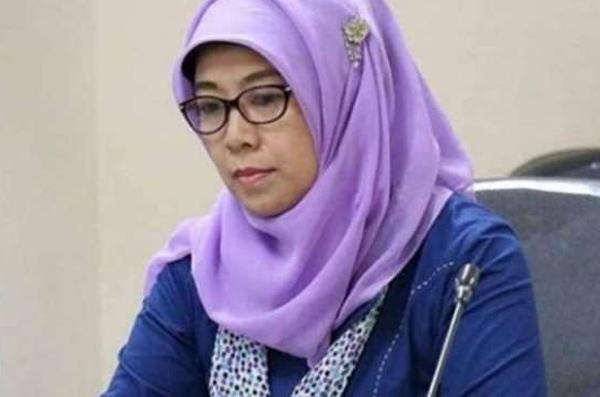 Jokowi Sudah Teken Pemberhentian Tidak Hormat Sitti Hikmawatty