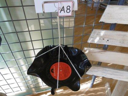 A8 : Saladier en vinyle
