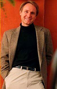 Suosituin käännöskirjailija on Dan Brown