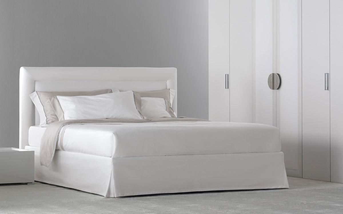 Flou bed  Pochette Pure