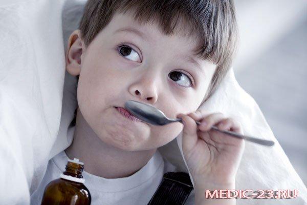 Ребенку дали сироп от кашля