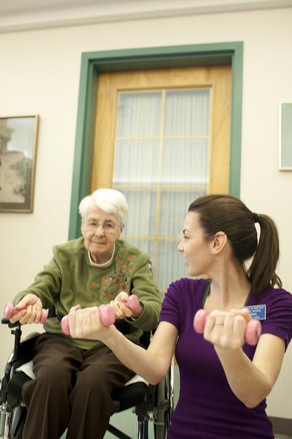 пожилые люди, мышцы