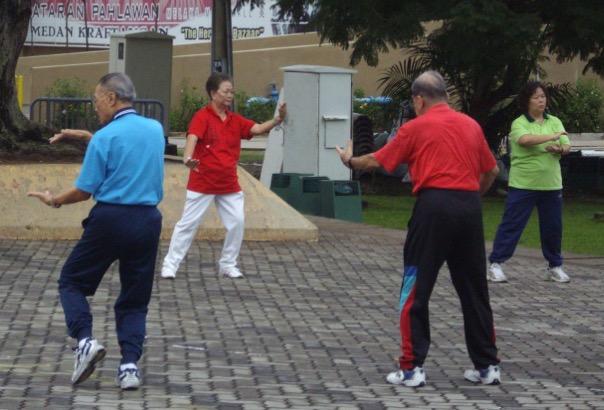 пожилые люди, физическая активность, ходьба