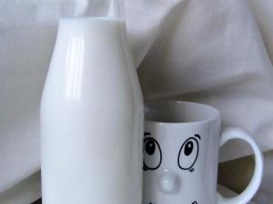 молоко, корова, снотворное, диазепам